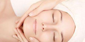 Hướng dẫn massage mặt bằng dầu dừa