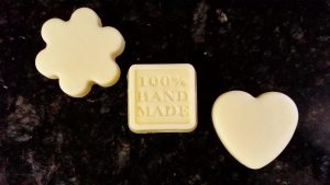 Cách làm lotion dưỡng da tại nhà chỉ với 10 phút
